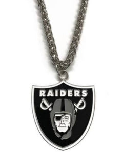 Las Vegas Raiders 15 Inch Metal Pendant Necklace