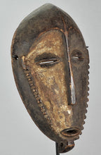 Reserved Auction MC1146  Beau masque africain BUYU Boyo Pre-BEMBE african mask