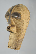 Reserved 25th MC1284  Beau Masque Féminin Songye Kifwebe Female Mask Congo