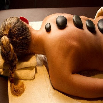 Hot Stone Massage (Level 2) with Aromatherapy
