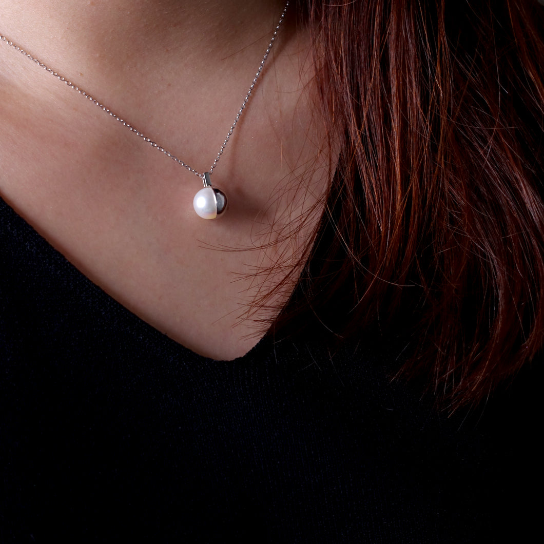 Half Moon Natural Pearl Silver Necklace
