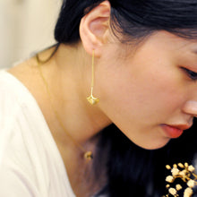 Ginkgo 18K Gold Through Earrings