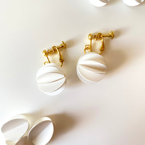 White Collection | ROUND Silver Earrings/ Ear Clips