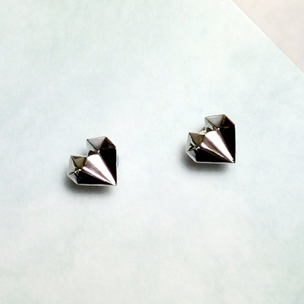 Diamond Heart 18K White Gold Earrings