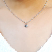 Classic White Gold Necklace