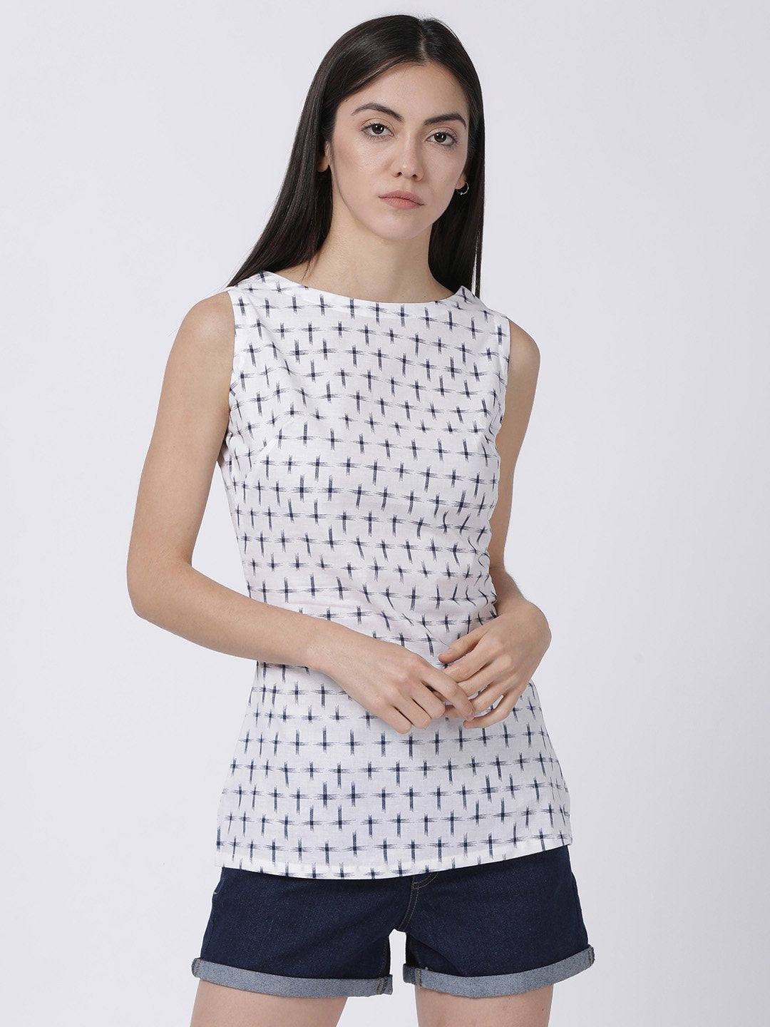 Sleeveless Navy Blue Cambric Cross Weave On White Top - Rossbelle