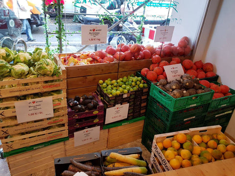 Full fruit & vegetable corner in SirPlus Store