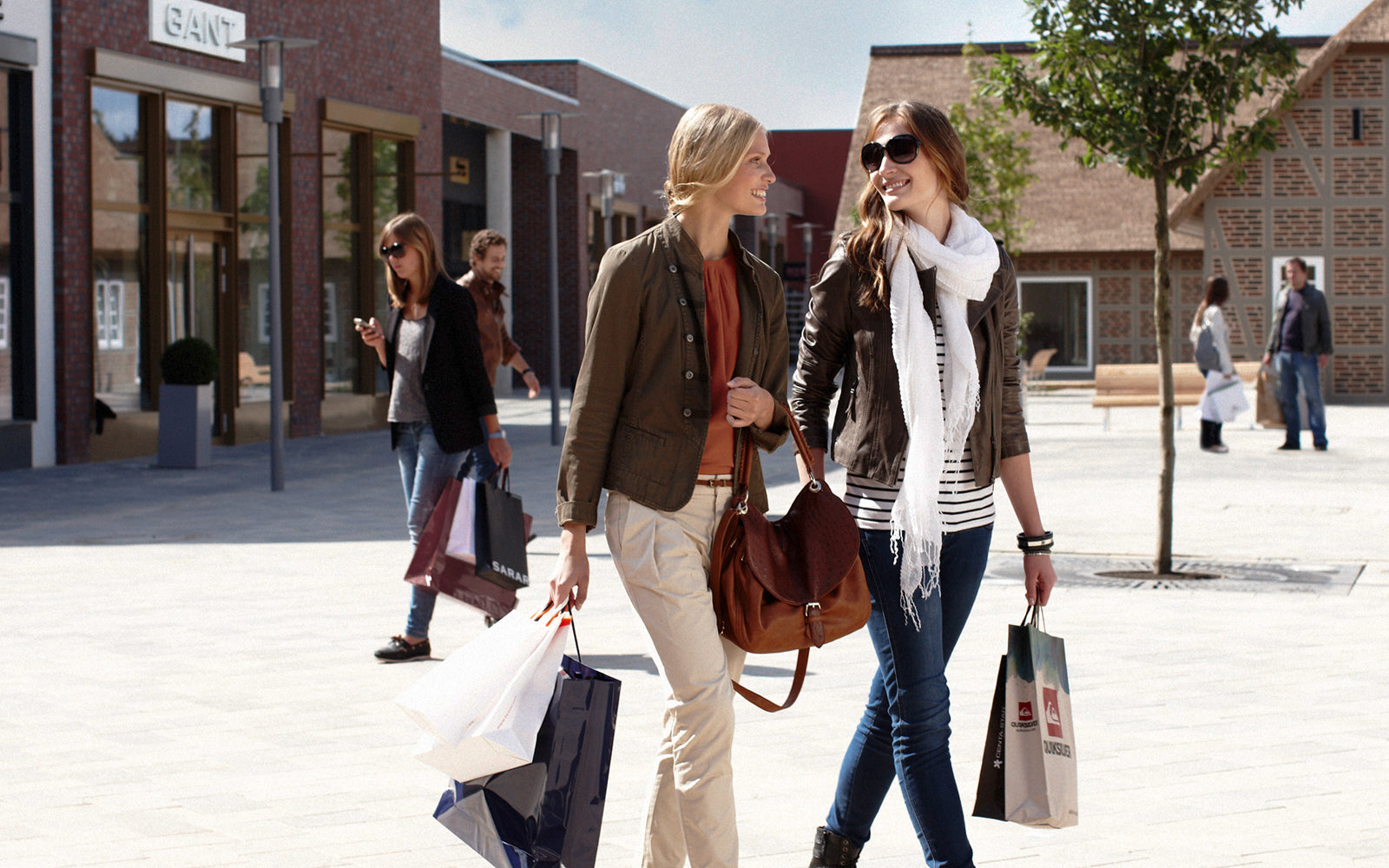 Outlet Shopping Tour with Personal Shopper