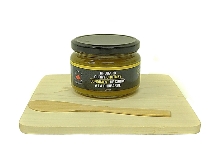 Maple Cheese Board w/bamboo spreader & Rhubarb Curry Chutney - Gift