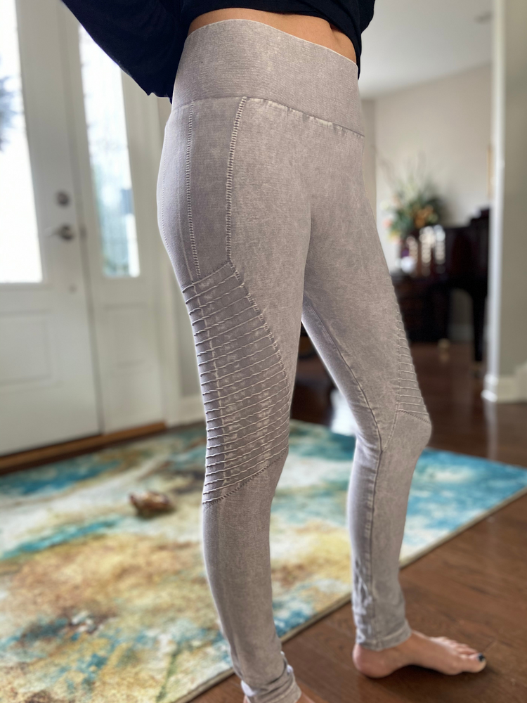 Curvy Vintage Leggings in Cool Grey
