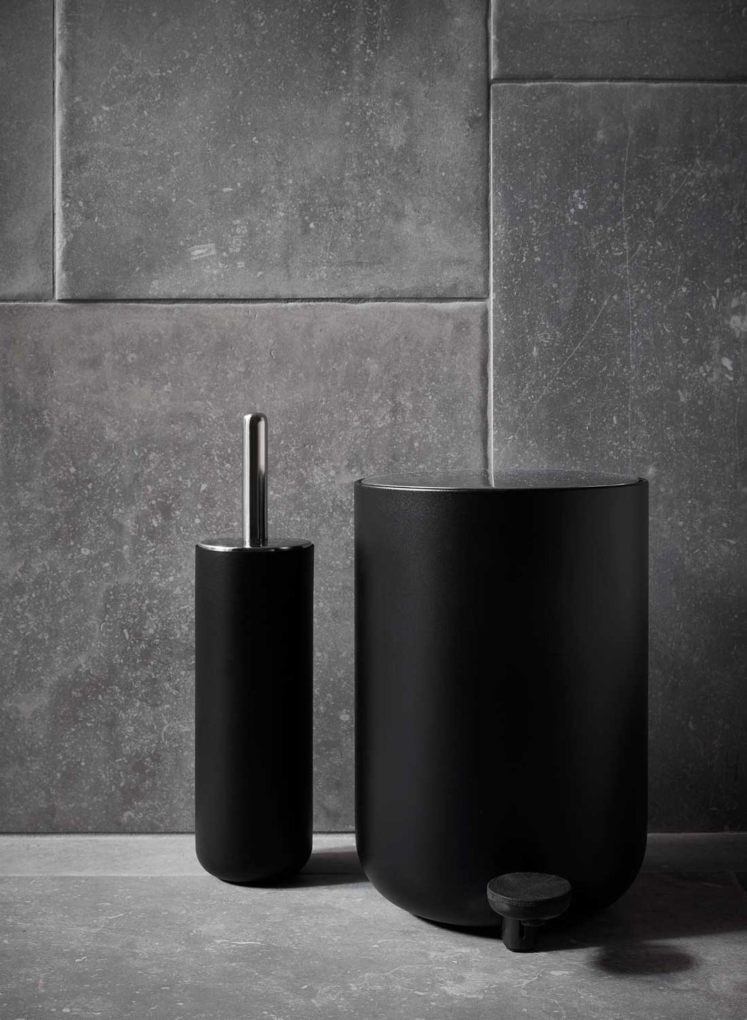 Modern Minimalist Bath Accessories