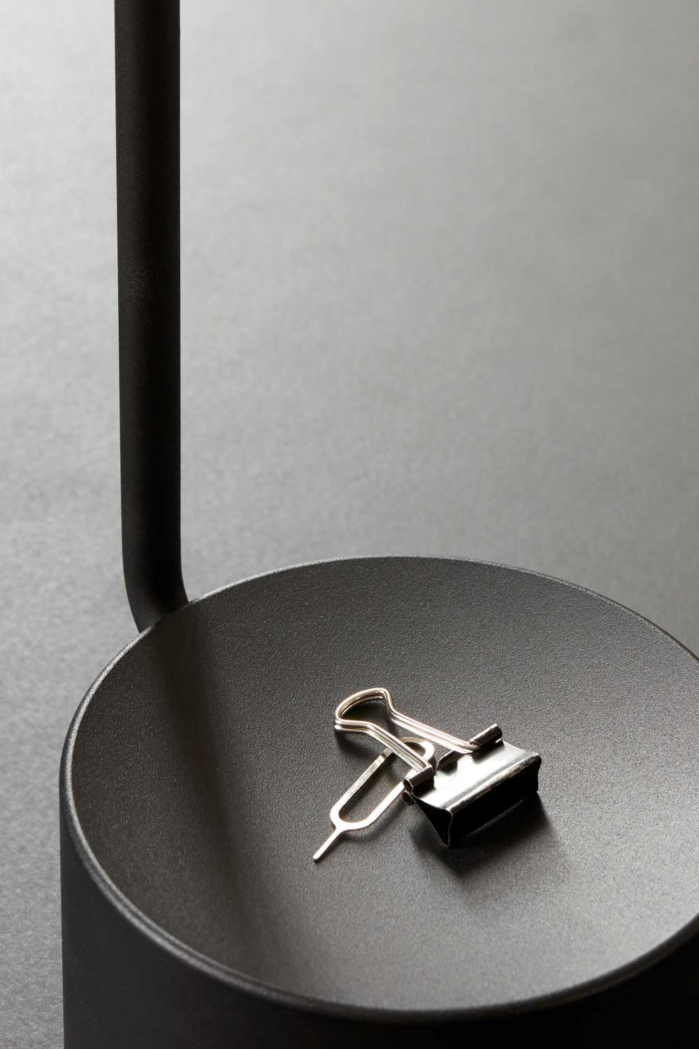 Modern Minimalist Menu Peek Table Lamp