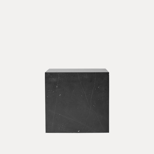 Menu Plinth, Cubic, Black