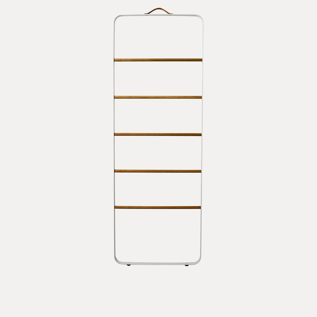 Menu Towel Ladder, White