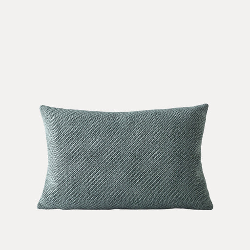 Mingle Pillow 1, Petroleum