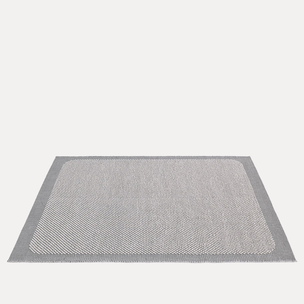 "Pebble Rug Light Grey, 6'7"" x 9'10"""