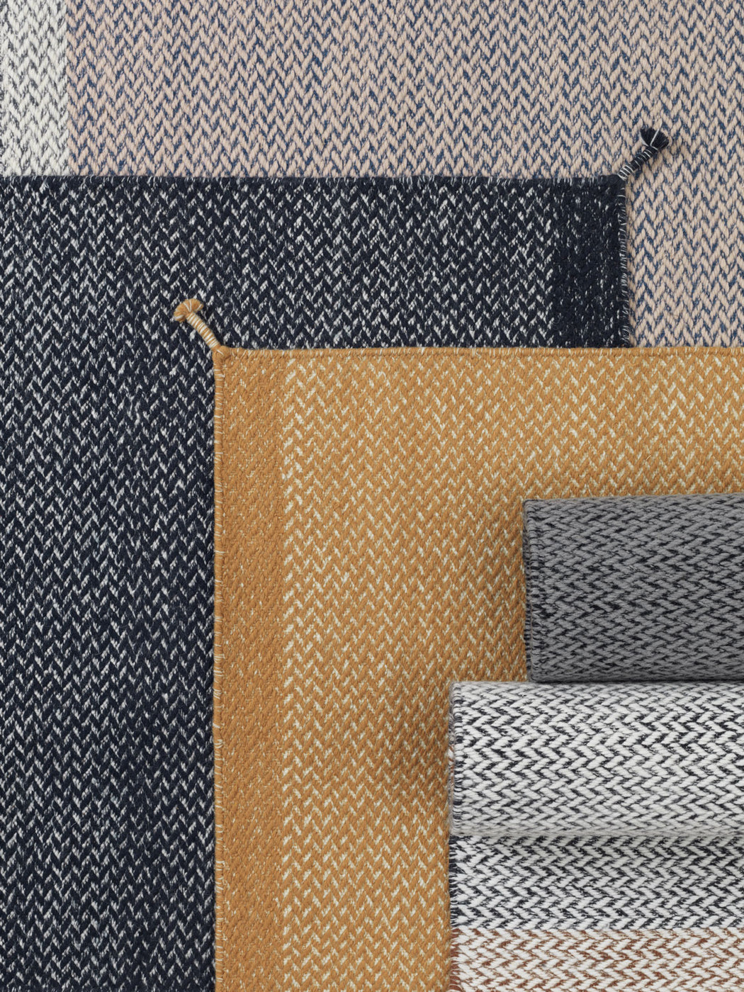 Ply Rug Midnight Blue, Lifestyle