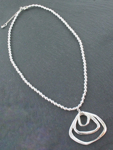 Silver Ball Necklace With Triple Ring Pendant In Silver Plate