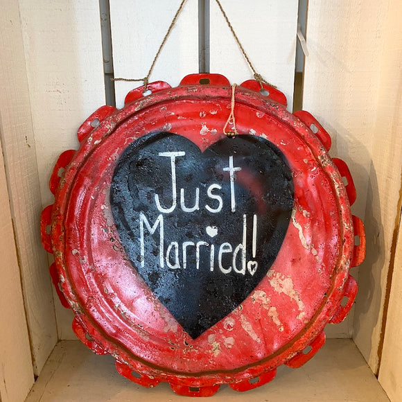Just Married Tin Sign - Flamingo Boutique