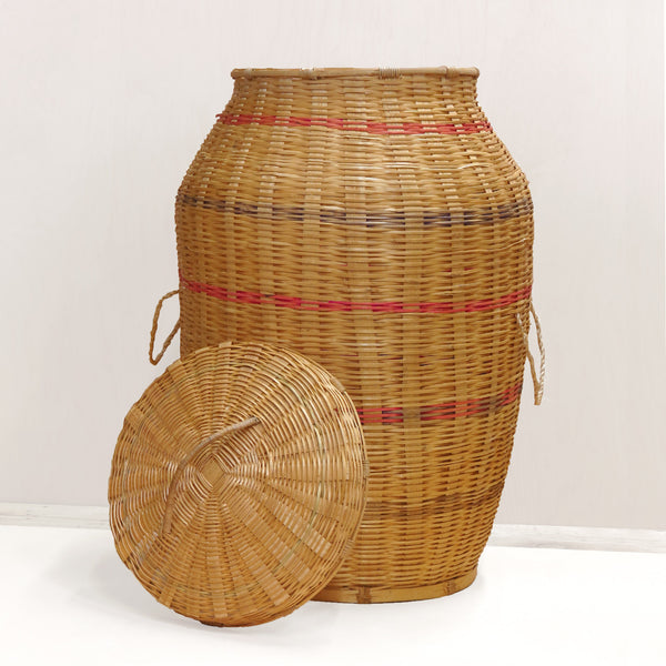 Large Vase Motif Basket