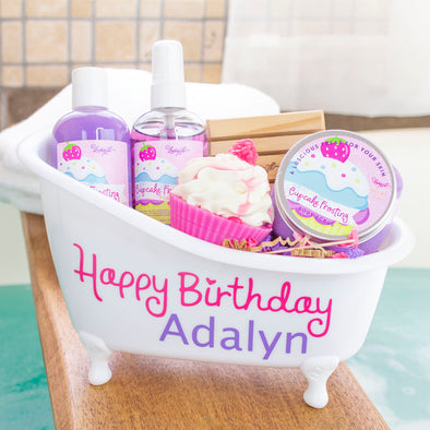 Personalized Happy Birthday Bathtub Gift Set