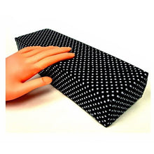 Handrest with trendy pattern to match your nail store style - Black CODE: #287B