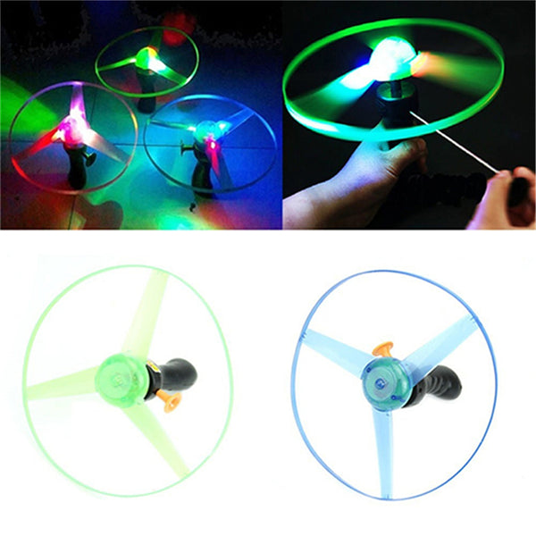 1 PCS Flying Saucer UFO Baby Children Kids Frisbee Boomerang Flying Saucer UFO Spin LED Light Toy Game Kids Gifts