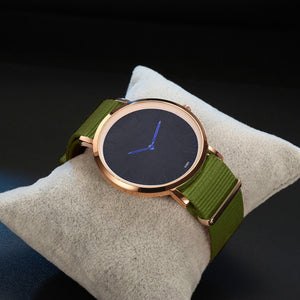 Relogio Quartz Watch