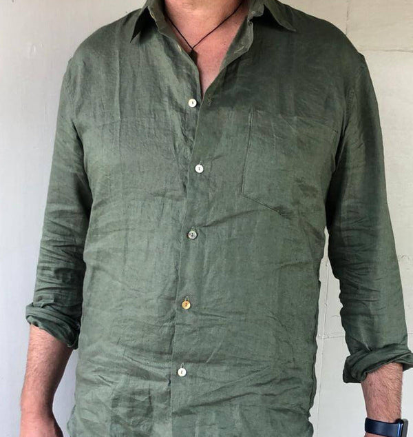 Blokes linen shirt, slightly tapered, sleeves that roll easily, natural linen, natural look