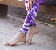 STRIATED PURPLE TIE DYE TIGHTS