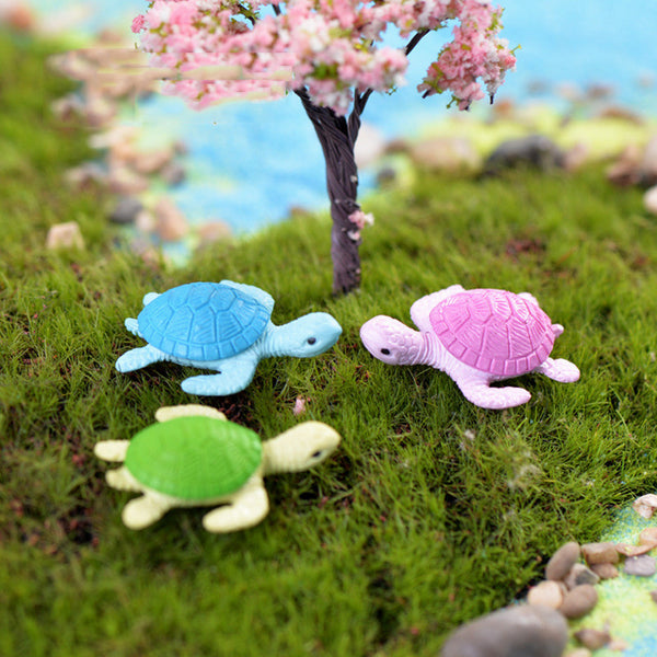 Two Small Turtle Figures - CuteFTW