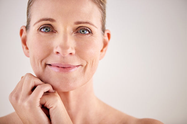 HOW TO SLOW DOWN THE AGEING PROCESS NATURALLY