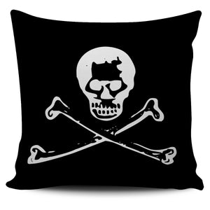 Pirate Skulls Pillow Cover1