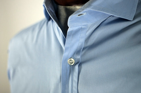 English spread collar shirt