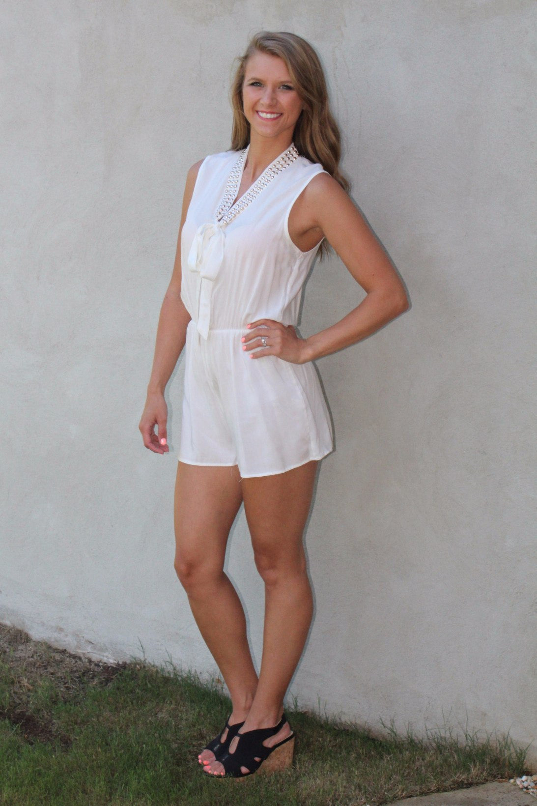keeping it classy white romper ambees boutique rh ambeesboutique com classy white girl style classy white girl style