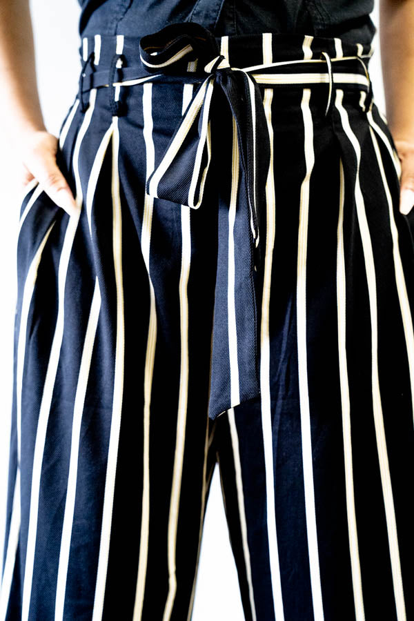 Closeup view of pockets on Wide Leg Striped Tie Front Pants