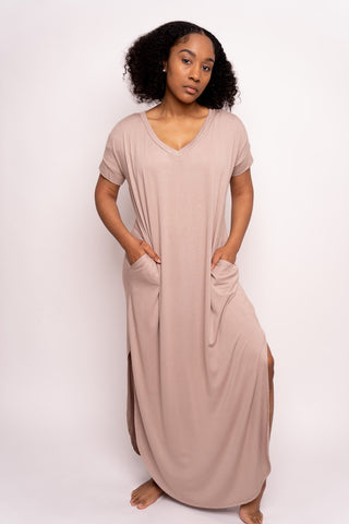 Sleeveless Maxi Dress with Pockets (Cream)