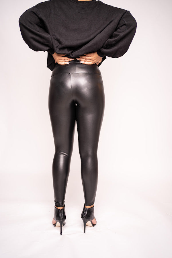 Faux Leather Leggings (black/camel)