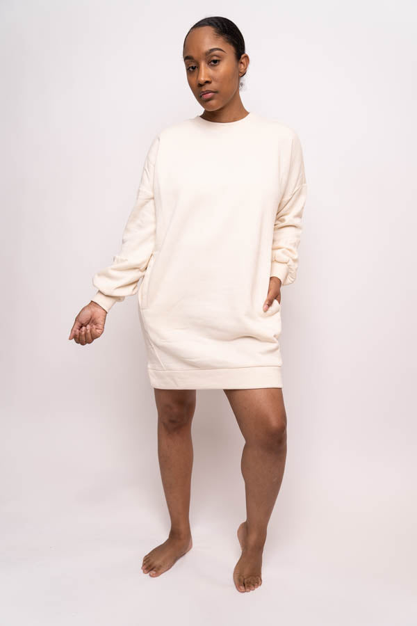 Oversized Sweatshirt with Pockets (Cream)