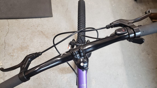 bicycle handlebar not straight