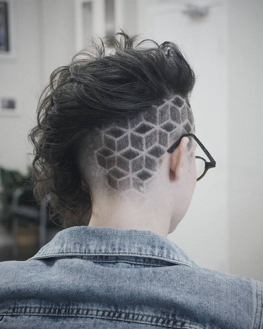 Geometric graphics in a haircut by @Johnthebarbernj
