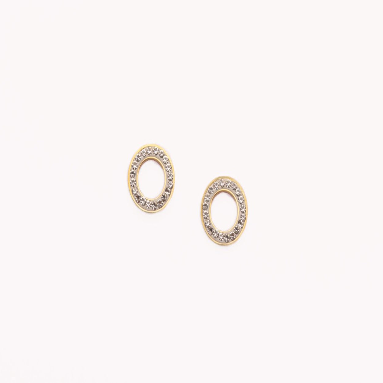 Stainless steel circle studs with Austrian crystals