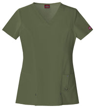 Dickies Xtreme Stretch Scrub Top (OLWZ)