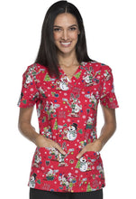 Dickies Women's Christmas Print Top (Elfie Selfie)