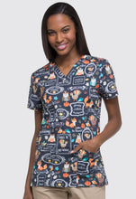 Dickies Women's Fall Scrub Print Top (Feasting With Friends)