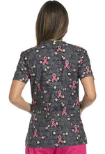 Dickies Women's Breast Cancer Awareness Print Top (  Love Trust Care )