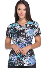 Dickies V-Neck Women's Abstarct Print Top (Dazzle Dash)