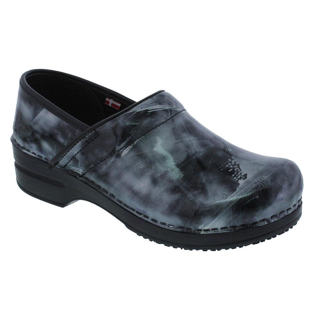 Sanita Smart Step Brushed Leather Clogs ( Piper )