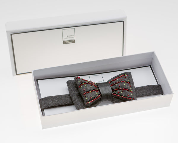 Moulin Rouge Bow Tie