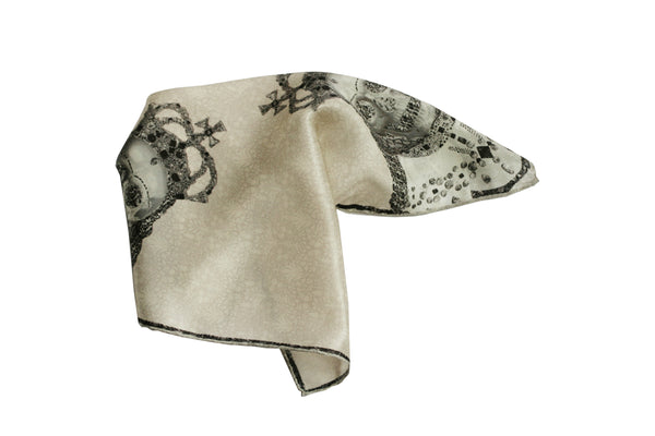Queen Pocket Square